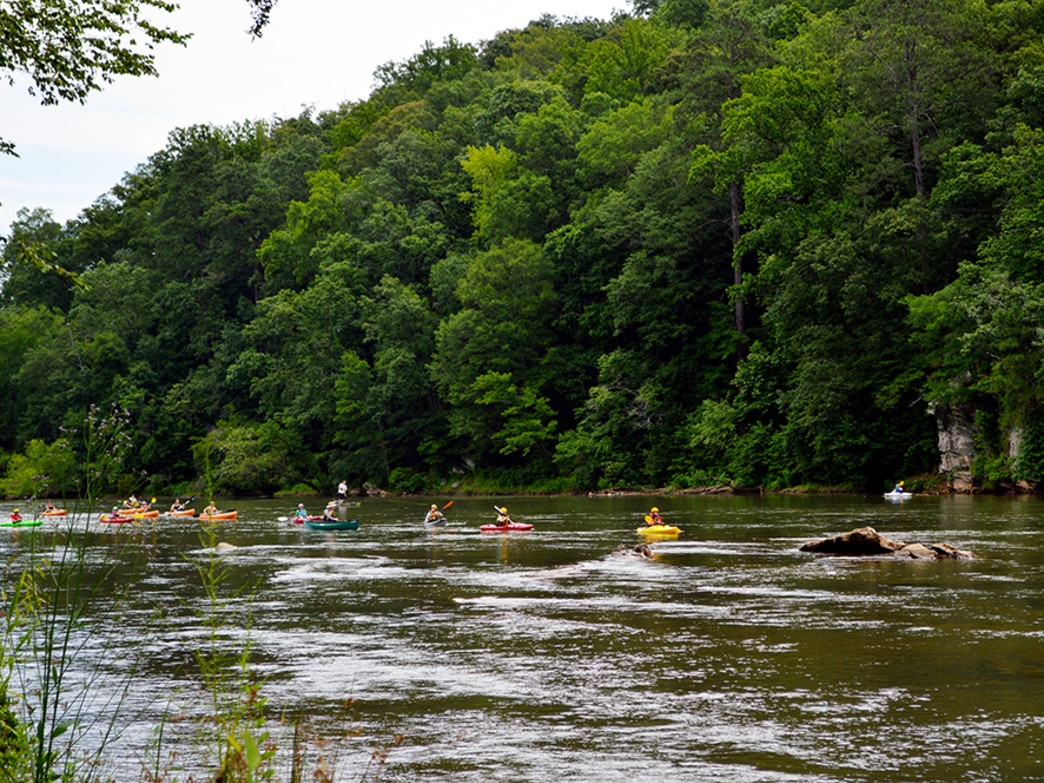 A leisurely paddle down Atlanta's Chattahoochee River