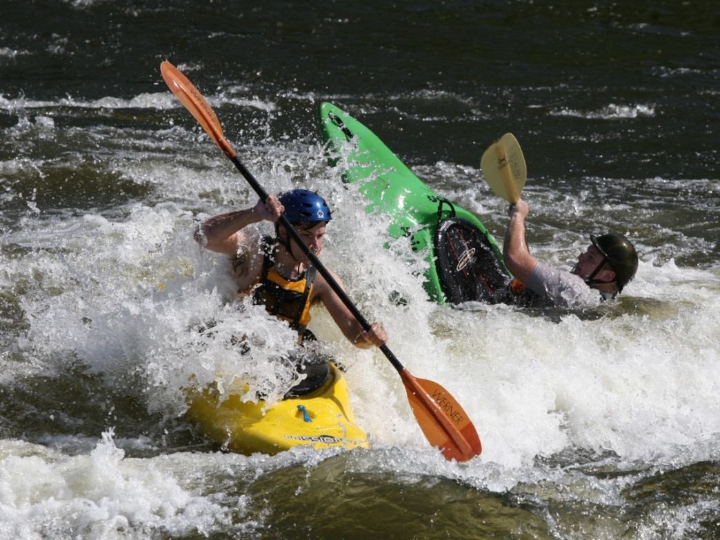 The Coosa River offers several sections of fun for whitewater kayakers.