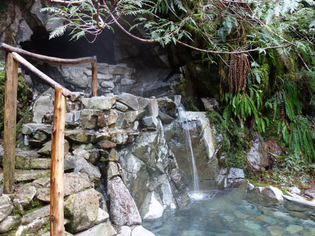 The tiny, yet wonderful Goldmyer Hot Springs.     Laura Lancaster