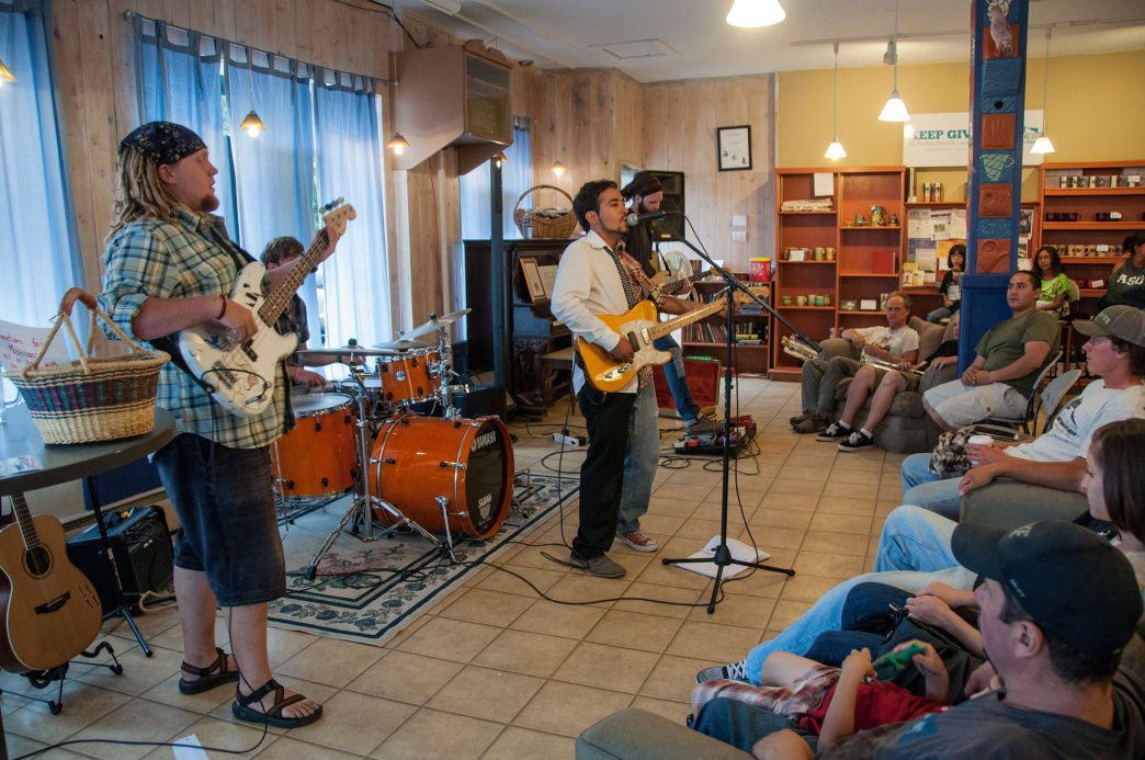 Live music at the Milagros Coffee House.