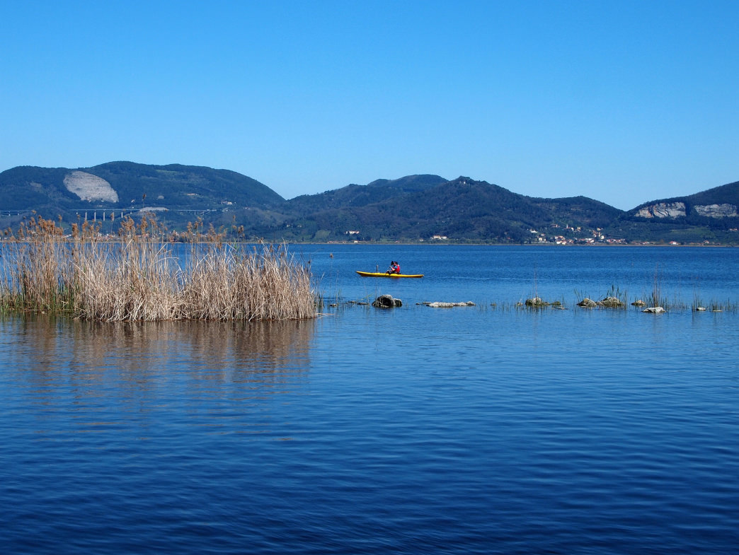 Just a few miles from the Tyrrhenian Coast, the 1,700-acre Lake Massaciuccoli is a paddler's paradise.