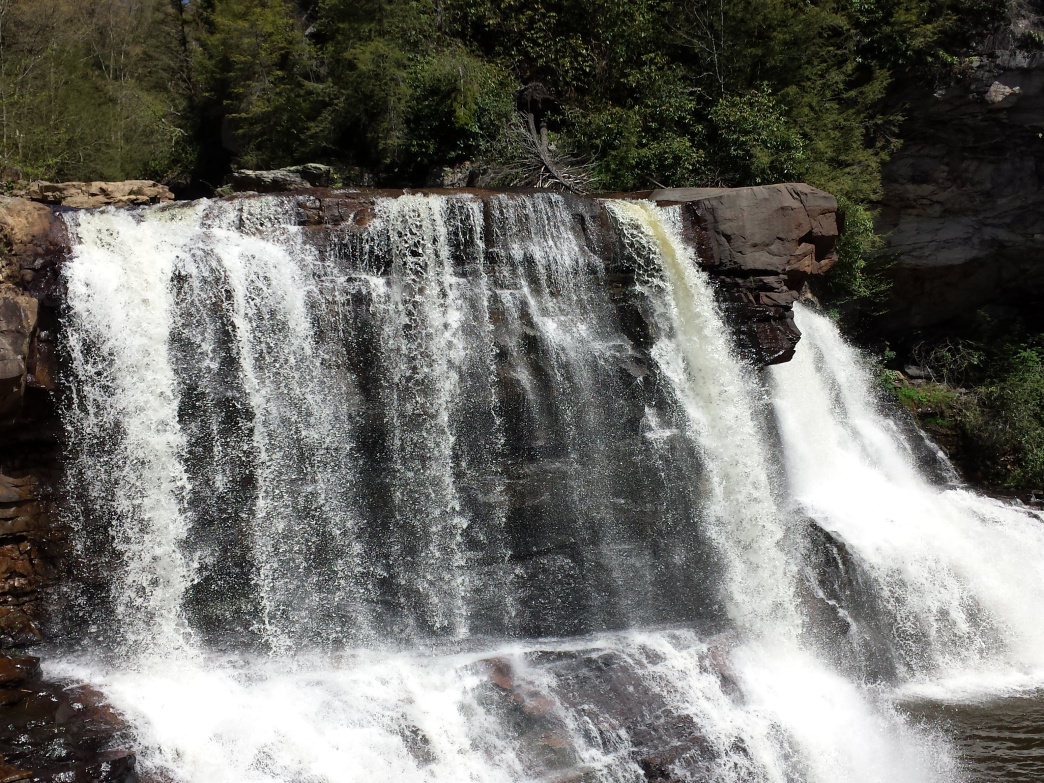 Blackwater Falls State Park is home to a handful of beautiful waterfalls, such as its namesake five-story high waterfall.