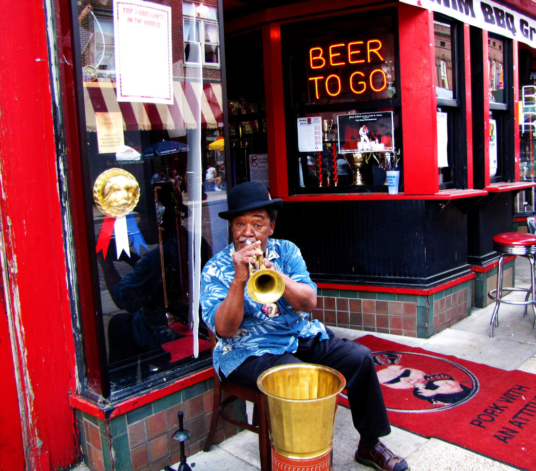 It's almost impossible to come to Memphis and not take in the blues scene.