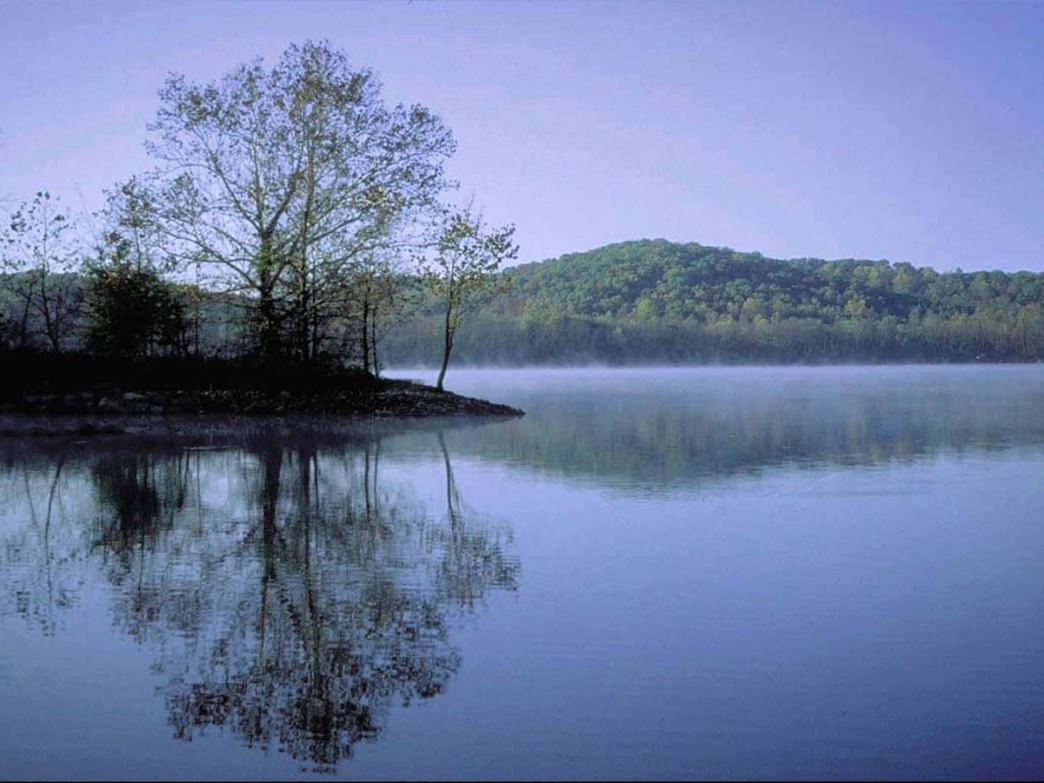 The national recreation area is located between two lakes: Kentucky Lake and Lake Barkley.