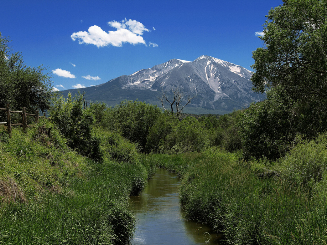 Families can ride the gentle, scenic Rio Grande trail past Mt. Sopris and even as far as Glenwood Springs.