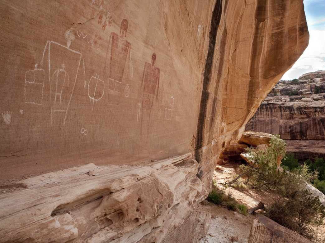 Ancient Puebloan ruins and petroglyphs can be found around every turn in Utah's Grand Gulch.