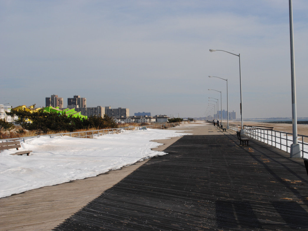 Year round running at Rockaway Beach