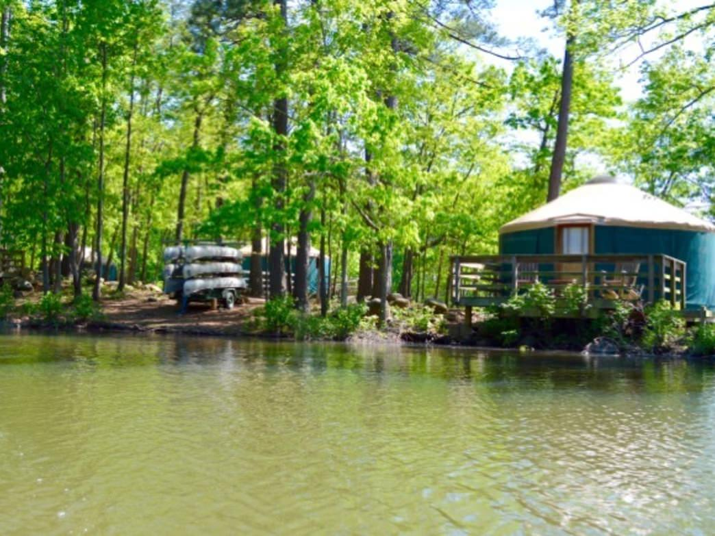 State parks in georgia with cabins for Large cabin rentals north georgia