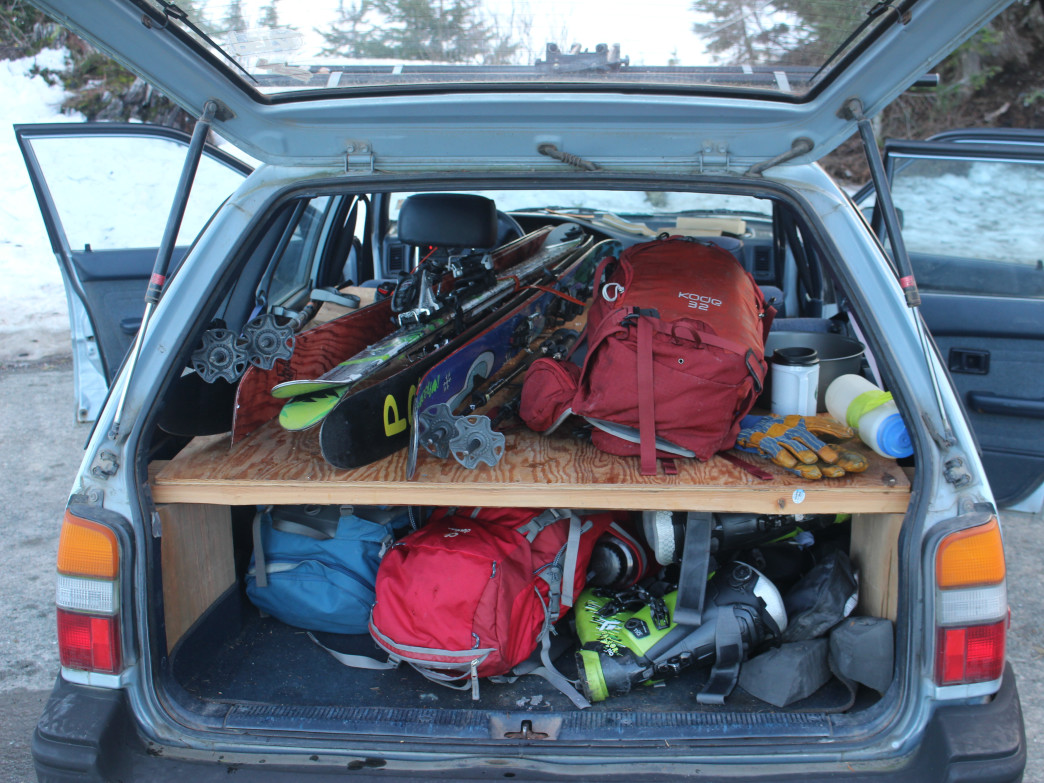 A loaded car for some spring skiing at Table Mountain.