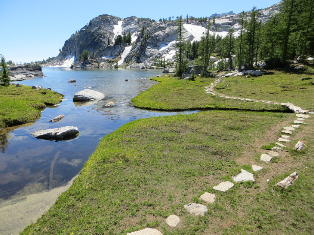 How to Thru-Hike the Enchantments Without an Overnight Permit
