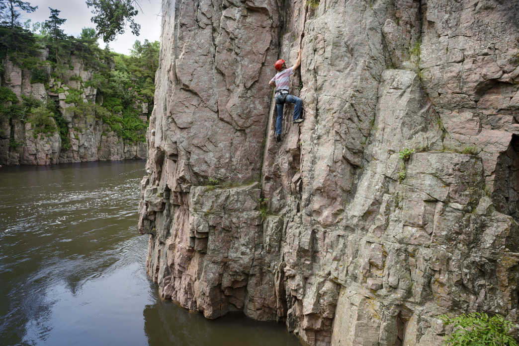 Palisades State Park is the go-to spot for climbers looking to work on their scaling and rappelling techniques.
