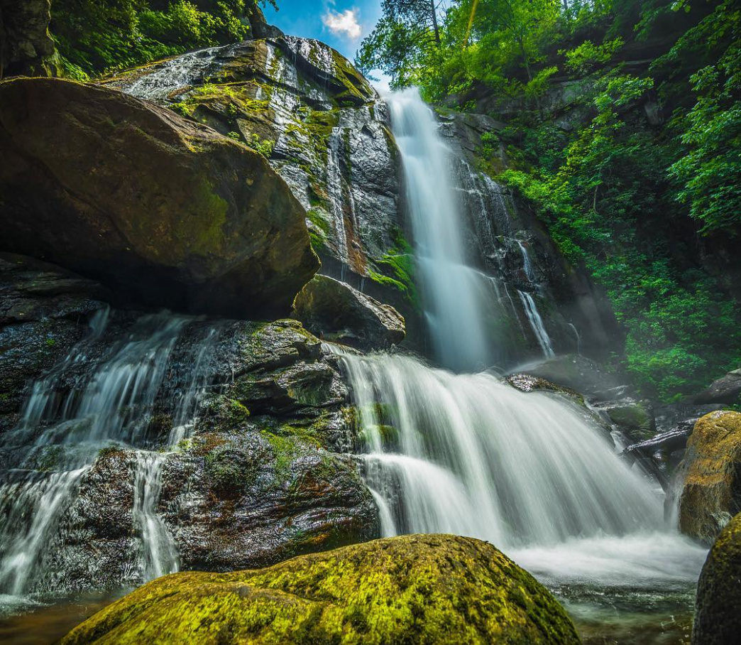 4 fantastic waterfalls within a 2 hour drive of charlotte