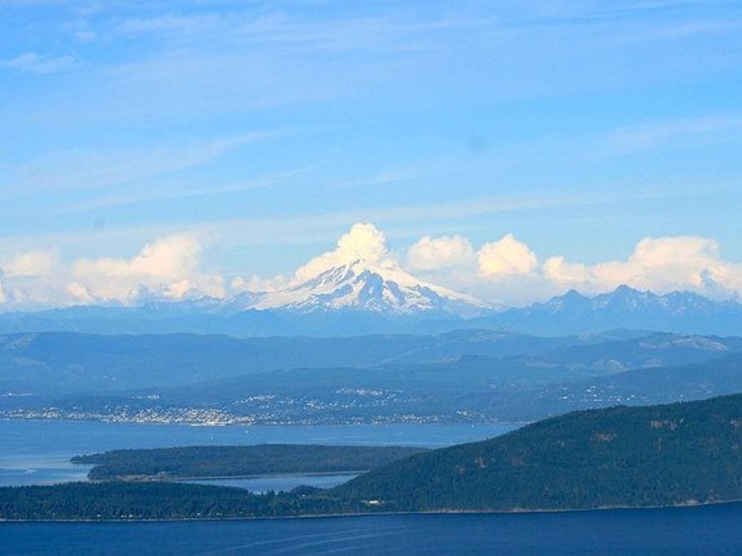 The view of Mount Baker from the summit of Mount Constitution is incredible.