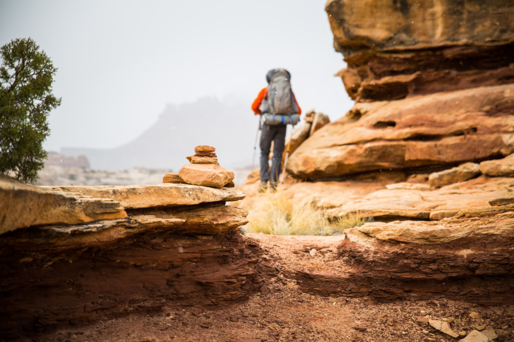 Hiking in hot temperatures means choosing a pack with good ventilation.