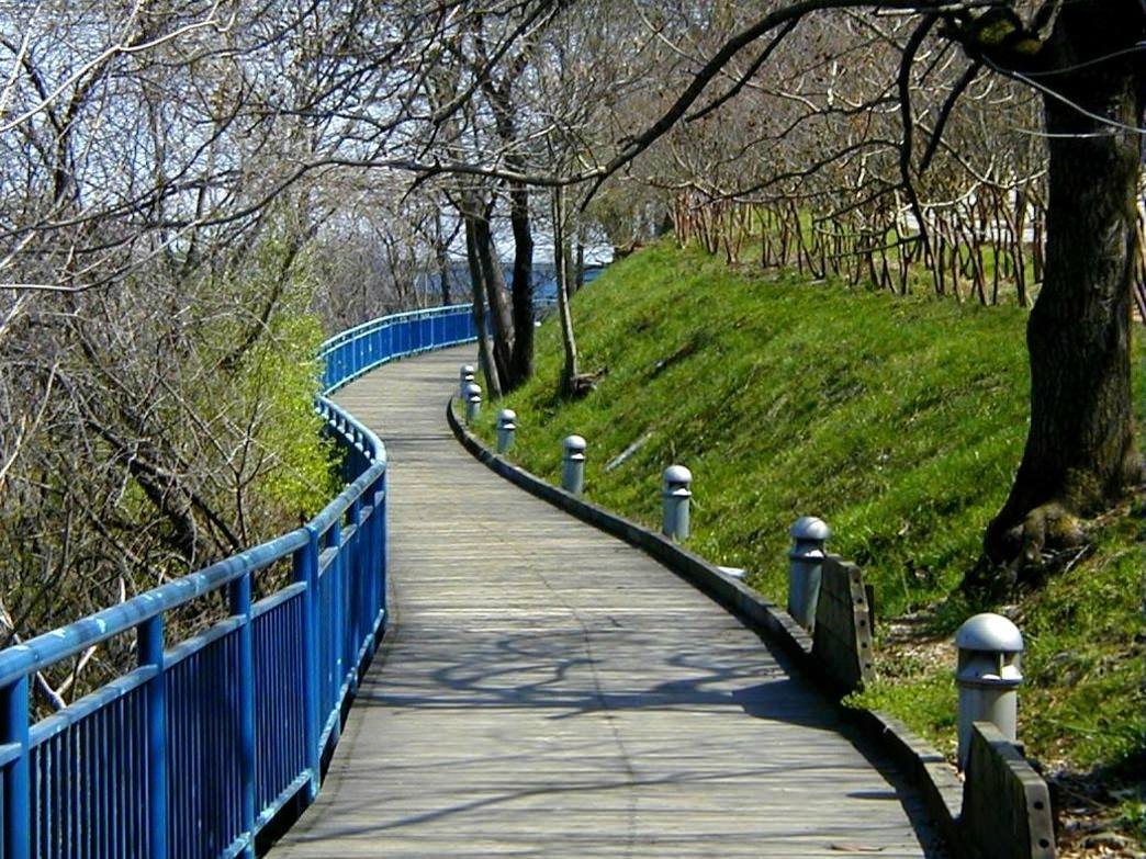 The Chattanooga Riverwalk is a fantastic place to snag a pre-brunch workout