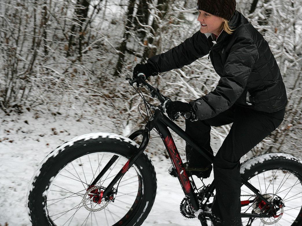 the lowdown on winter fat biking in chicago. Black Bedroom Furniture Sets. Home Design Ideas