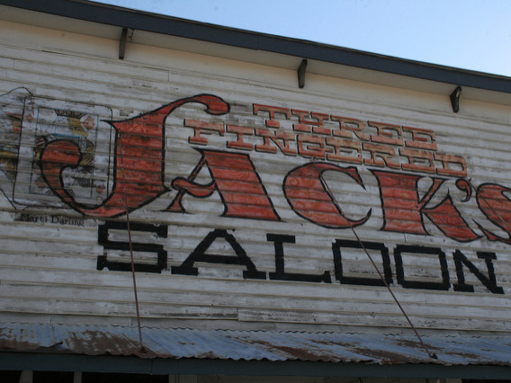 Three Fingered Jacks Saloon embodies Winthrop's western vibes.