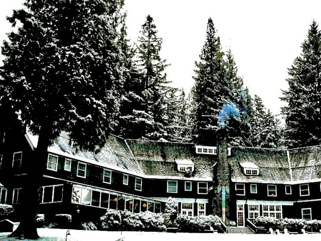 The Lake Quinault Lodge During Winter