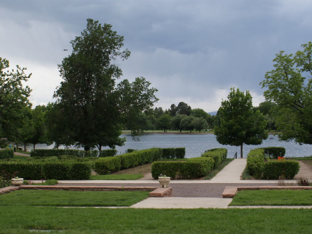 Wash Park, as it's known locally, features flat stretches and beautifully manicured gardens.