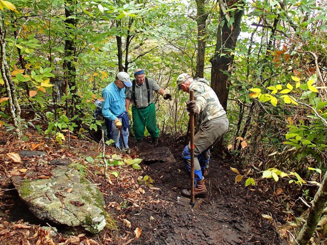 From trail building to land conservancy, a huge army of volunteers and organizations work to make the MST possible