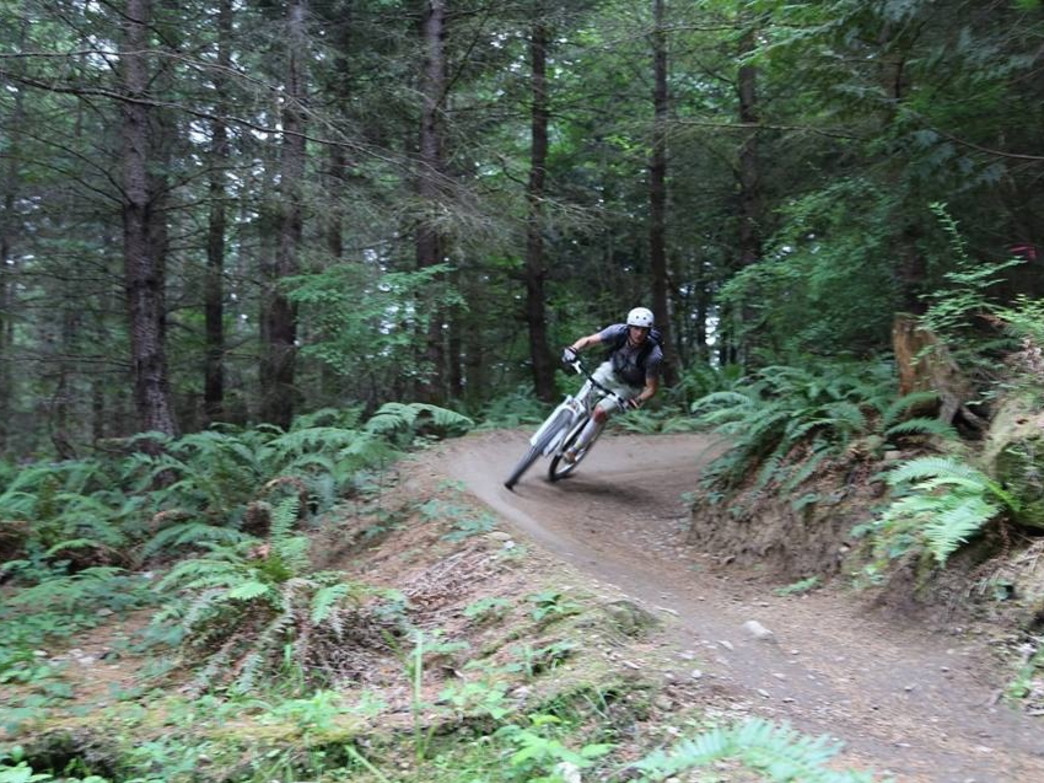 A rider rips around a turn on Goldespike.