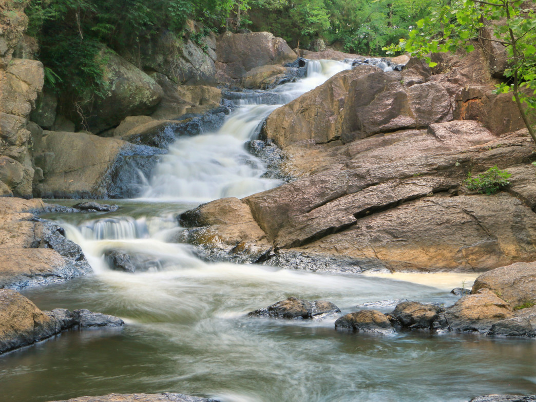 To savor the falls on an overnight trip, choose from several lodging options at Chewacla State Park.