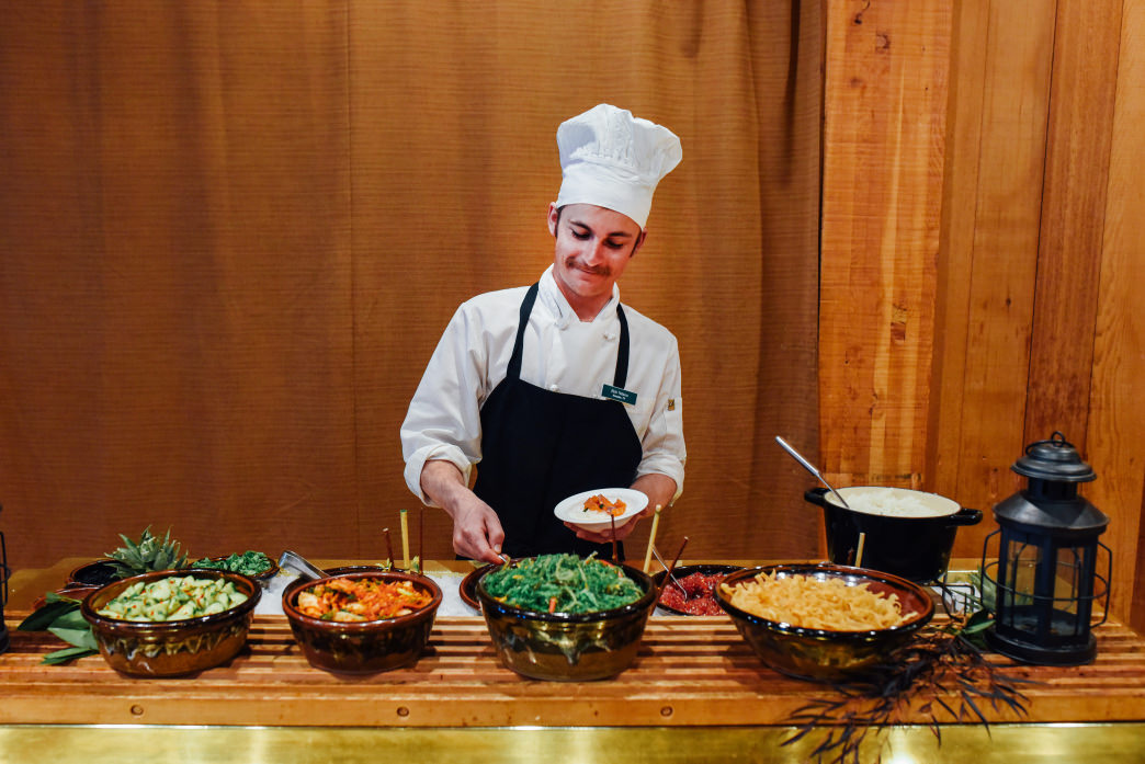 Work with some of the finest chefs at Deer Valley.