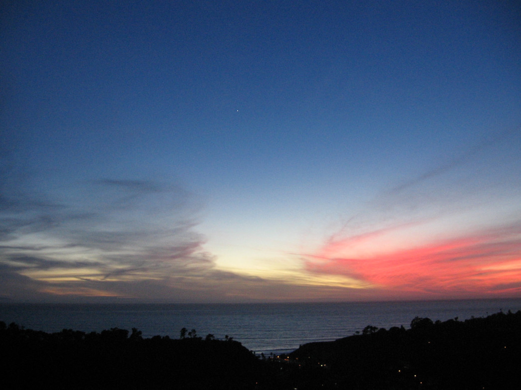 Elings Park sunset, the best in Santa Barbara? Courtesy of Ravenmaven, creative commons