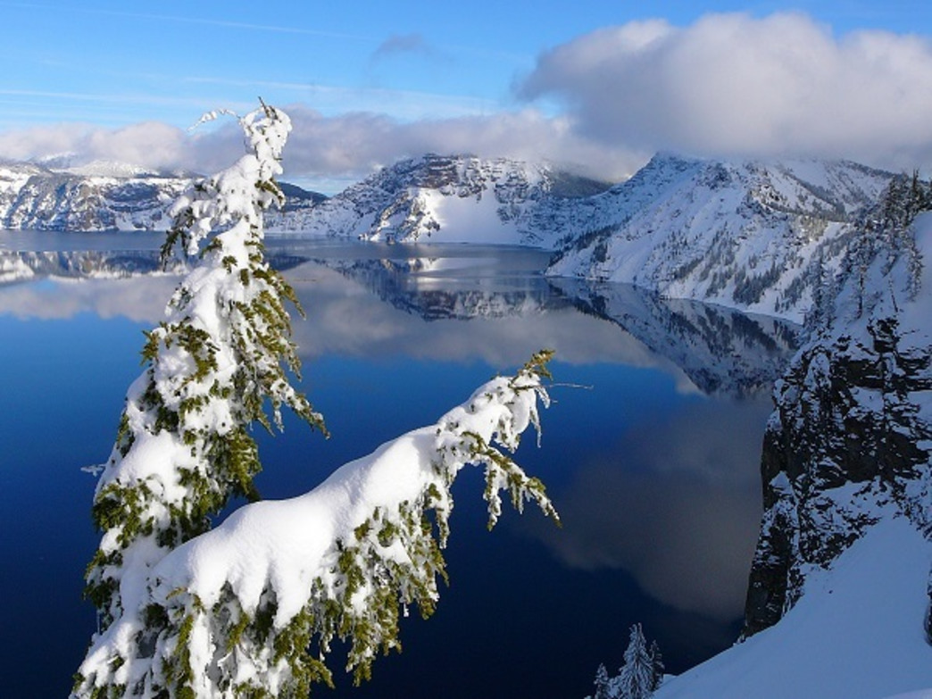 With a 33-mile loop around the rim, Crater Lake is an ideal destination for new and veteran snowshoers alike.