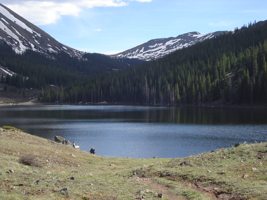 Mirror Lake in Rocky Mountain National Park is a sight to behold.