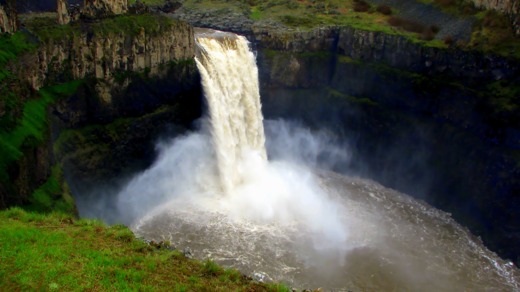 Palouse Falls is a powerful sight in the southeast corner of Washington.