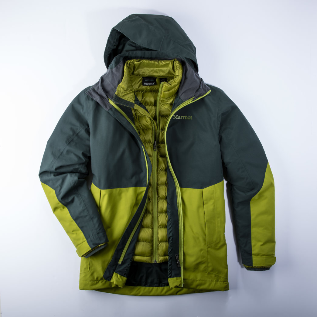 Marmot's Featherless technology is designed to repel moisture and retain warmth, even when wet.