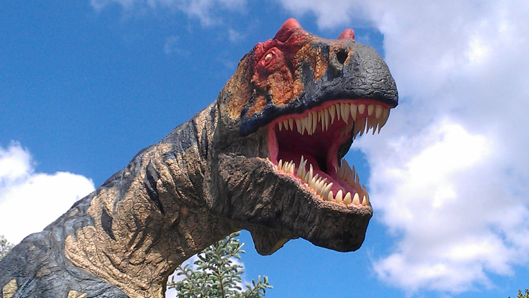 Kids will love the more than 100 realistic, life-size Dinosaur sculptures at Dinosaur Park.