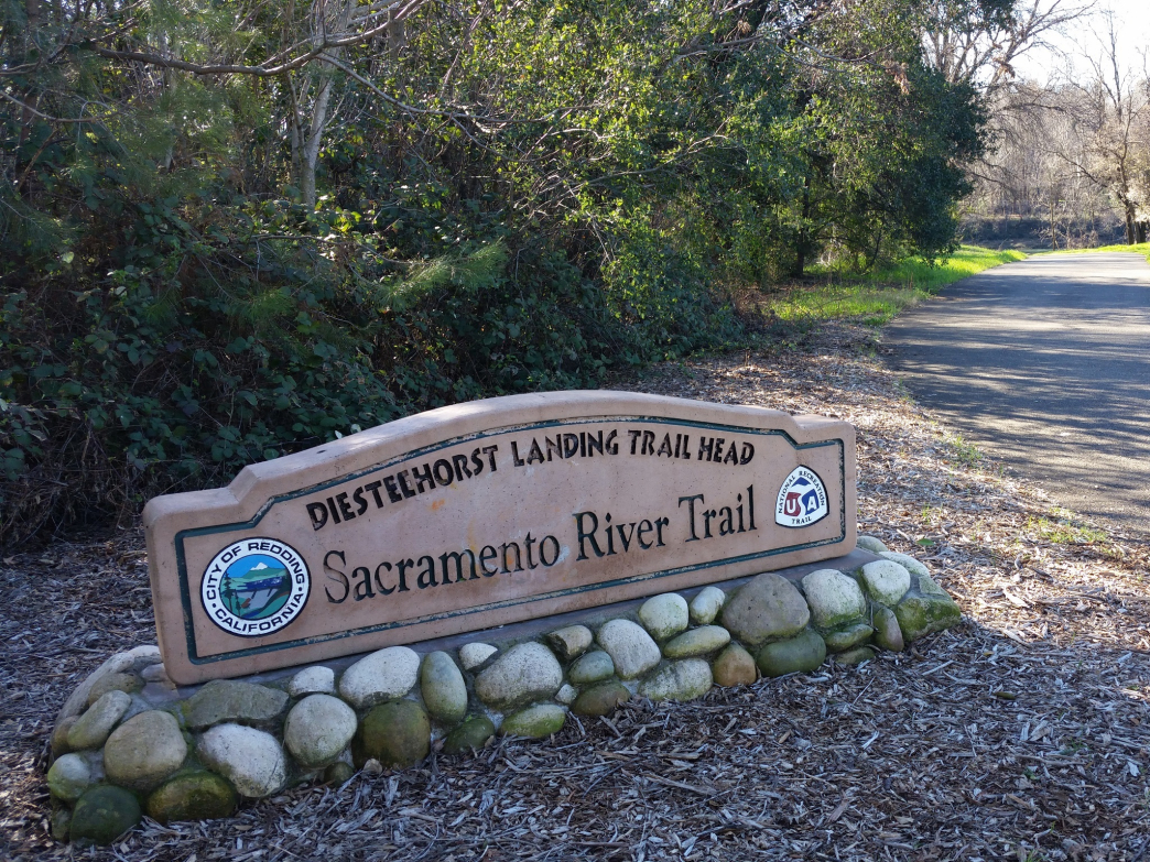 There are multiple access points to the Sacramento River Trail.