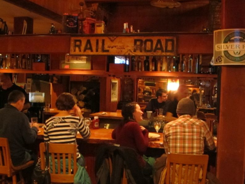 Apres ski options about at Woodstock Inn Station & Brewery.