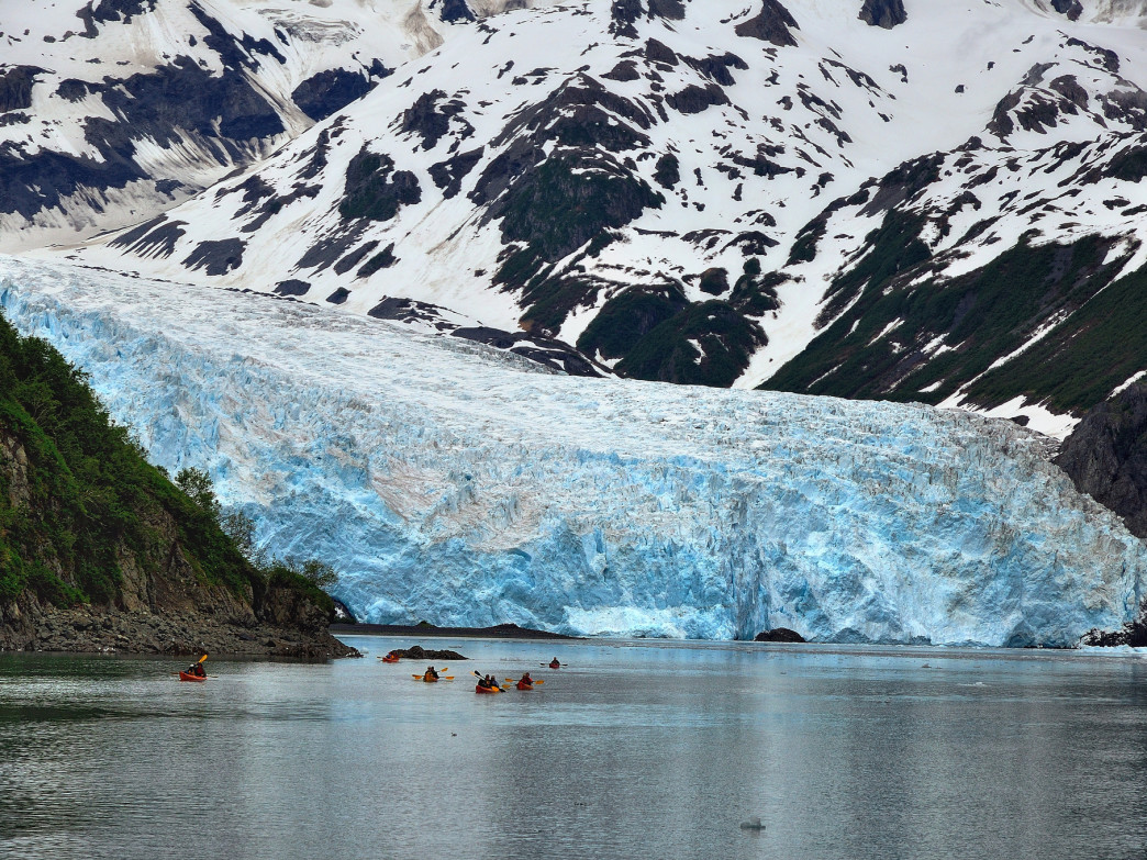 Kayaking to Aialik Glacier.