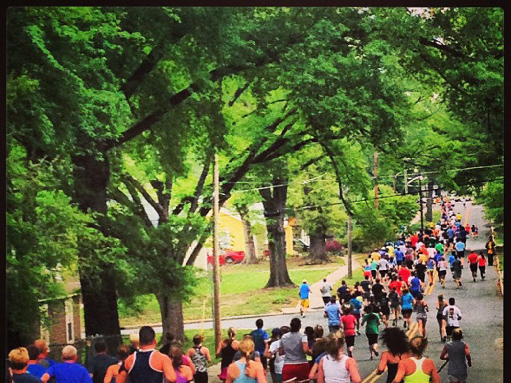 Runners head out into the wilds of NoDa Beer Run Charlotte