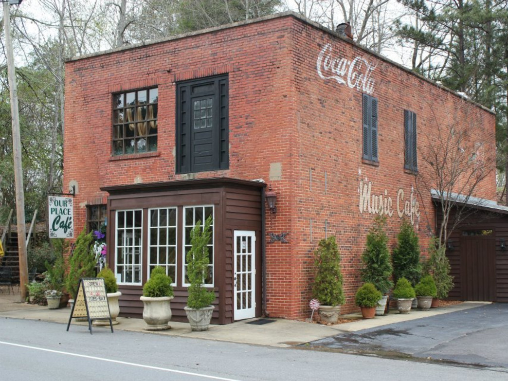 The Our Place Cafe offers upscale dining in Wetumpka.