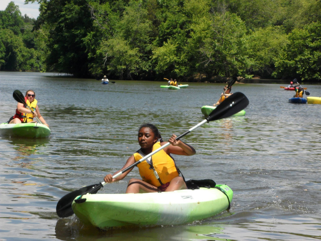 the Riverkeeper youth programs get kids paddling