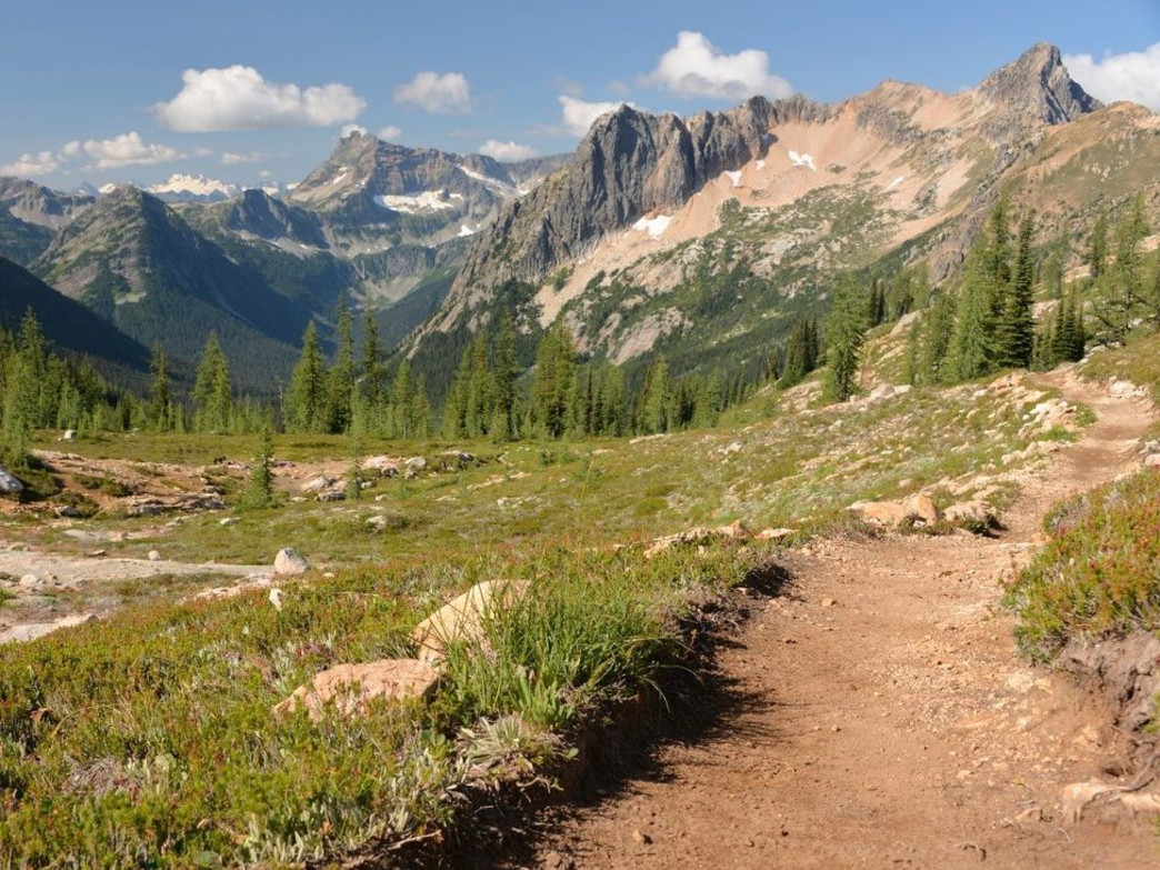 The 11.1-mile trail race offers jaw-dropping views at every step.