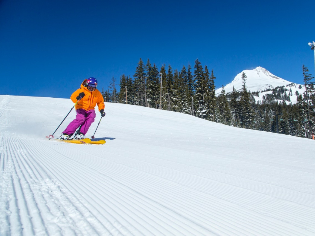 Mt. Hood Meadows Ski Resort boasts 12 chairlifts to more than 80 trails. The resort attracts 400,000 visitors every season.