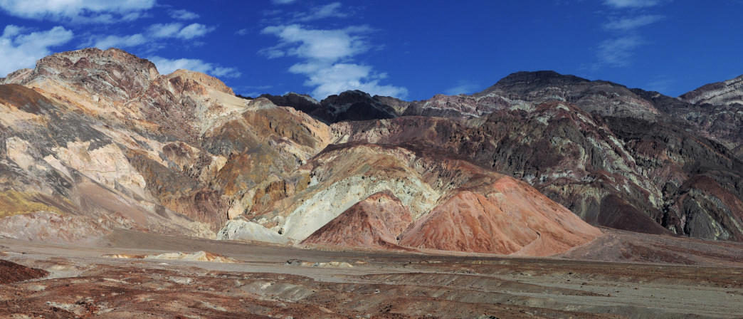 The gorgeous mineral deposits of Artist's Palette are the result of volcanic activity millions of years ago.