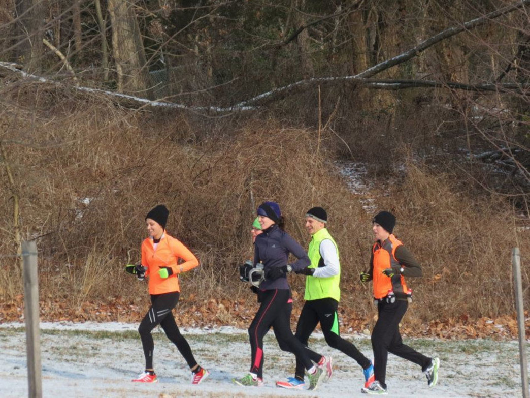 Runners brave the elements on snowy trails in Rock Creek Park
