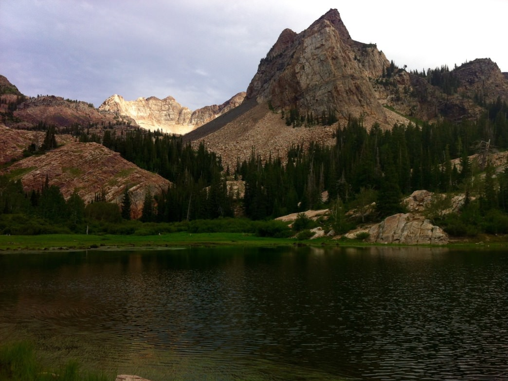 A majestic trifecta: Lake Blanche, the Sundial, and Monte Cristo.