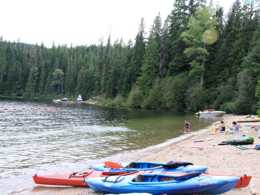 Sandy beaches at state park and Forest Service campgrounds make great launching points for the Upper Priest Lake Thorofare.