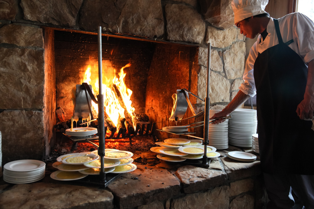 Fireside Dining is one of Deer Valley's iconic experiences.