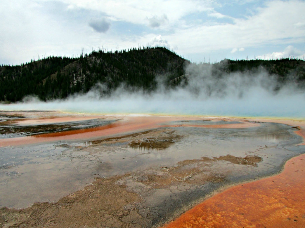 Don't miss gorgeous Grand Prismatic Spring.