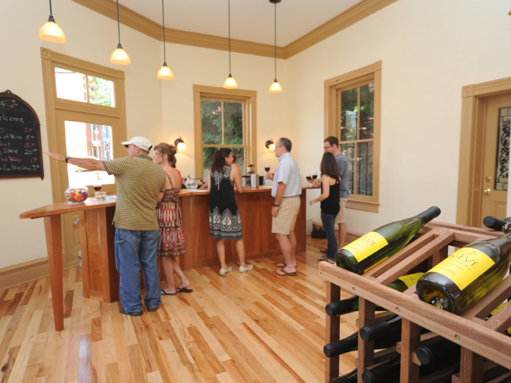 Ox-Eye Vineyards Tasting Room.