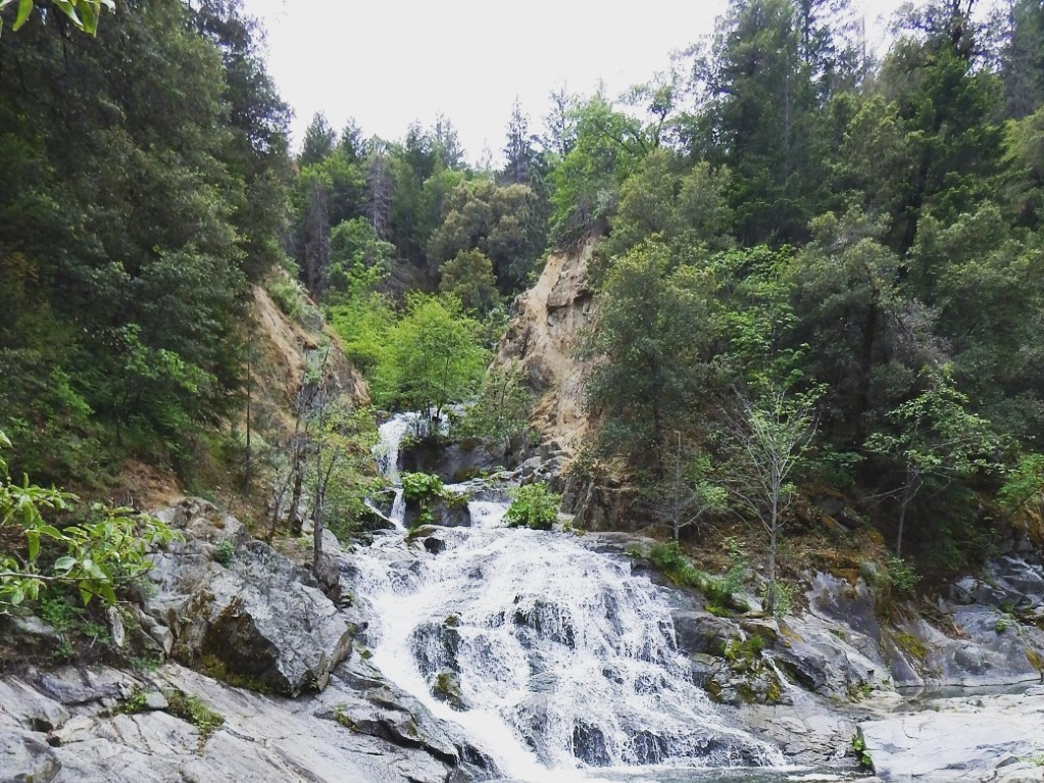 Crystal Creek Falls is a short and sweet hike with beautiful waterfalls just after the picnic area.