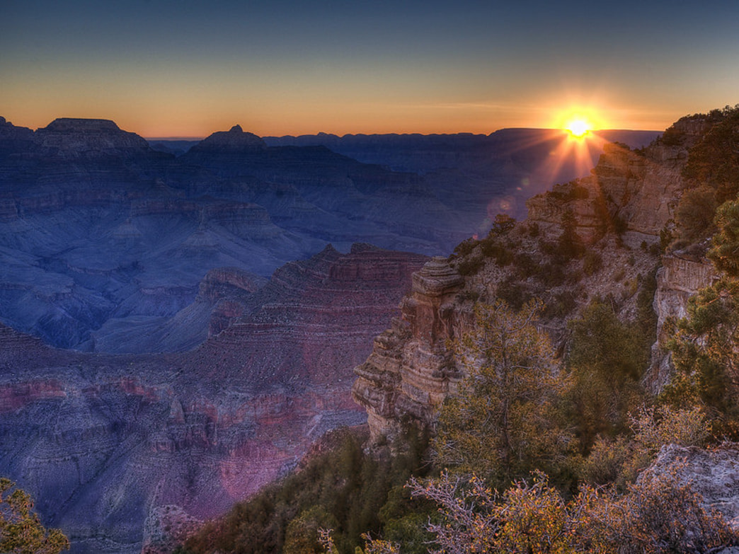 Sunrise at Yaki Point.